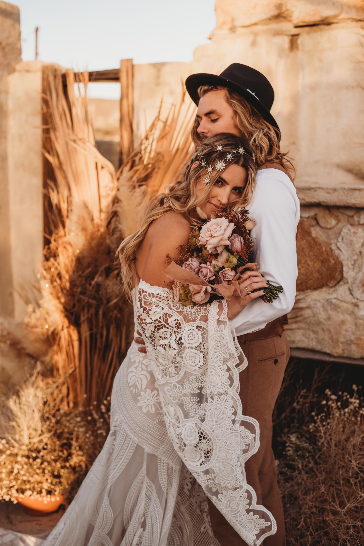 FortSt.John_photographer_TyraEPhotography_Wedding_Couple_Family_Photograhy_DawsonCreek_Elopement_Bride_Boduoir_Portraits-8352.jpg