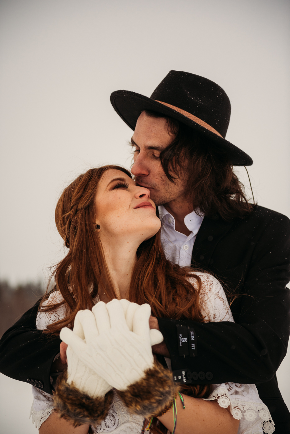 FortSt.John_photographer_TyraEPhotography_Wedding_Couple_Family_Photograhy_DawsonCreek_Elopement_Bride_Boduoir_Portraits-10.jpg