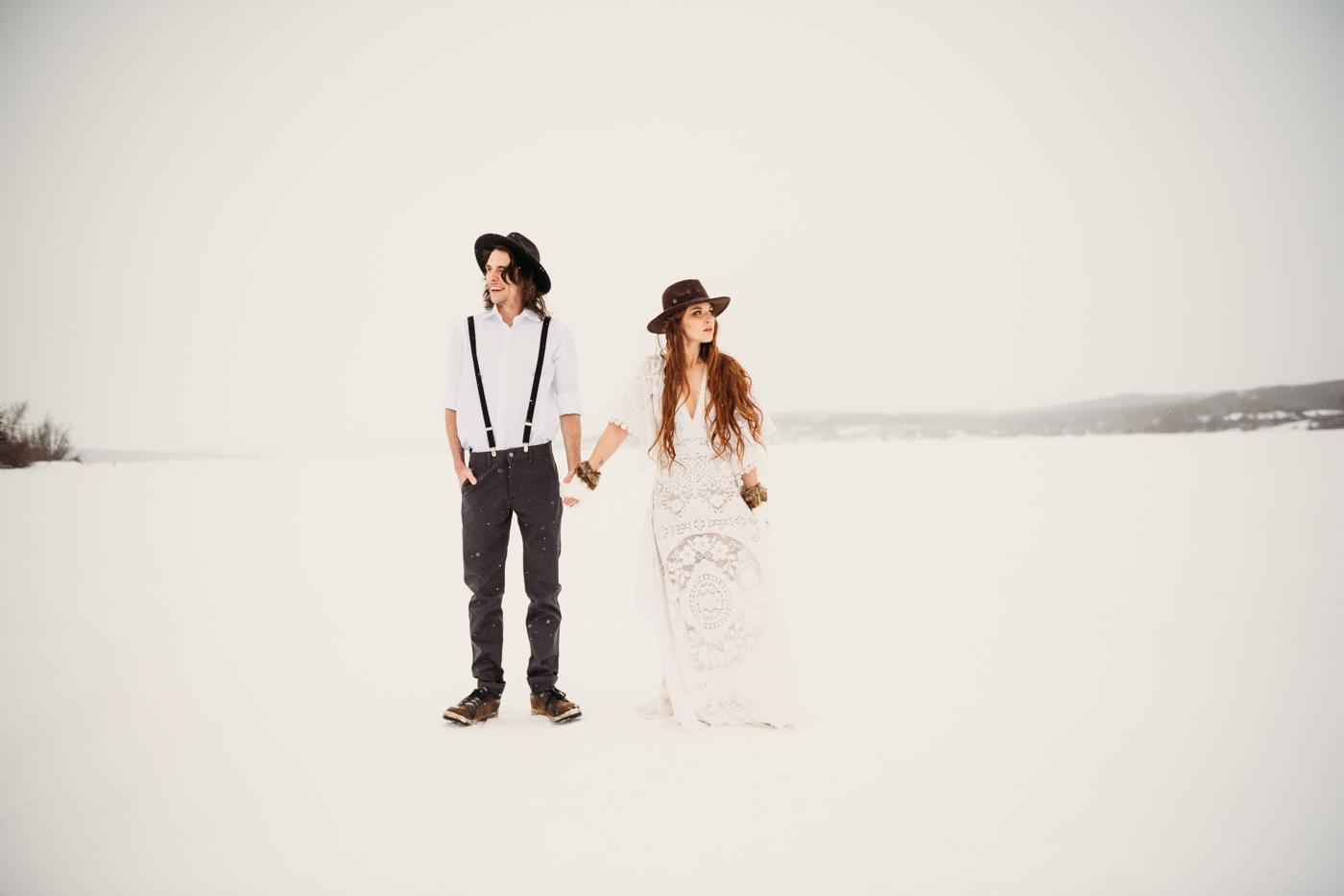 FortSt.John_photographer_TyraEPhotography_Wedding_Couple_Family_Photograhy_DawsonCreek_Elopement_Bride_Boduoir_Portraits-5001.jpg