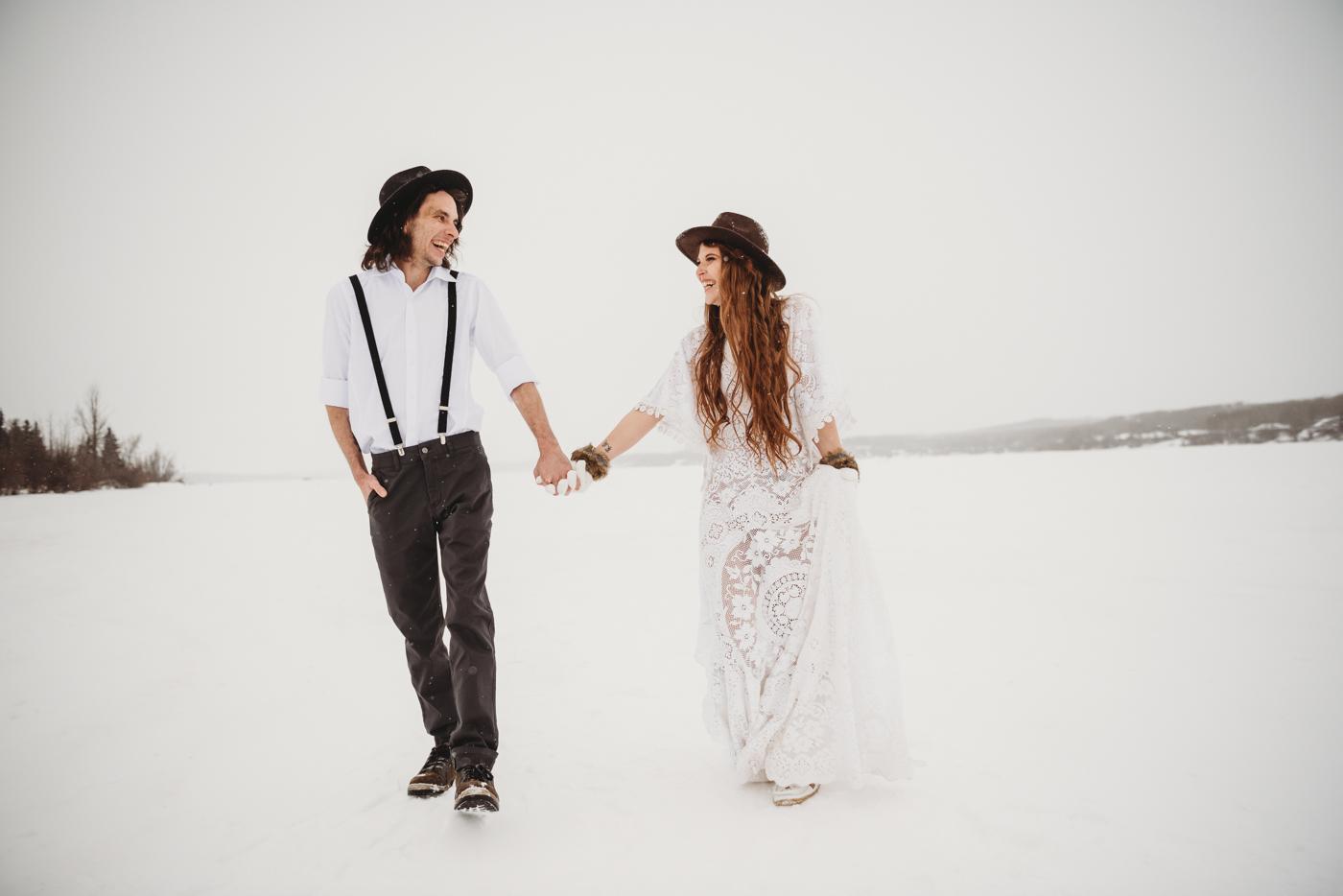 FortSt.John_photographer_TyraEPhotography_Wedding_Couple_Family_Photograhy_DawsonCreek_Elopement_Bride_Boduoir_Portraits-5013.jpg