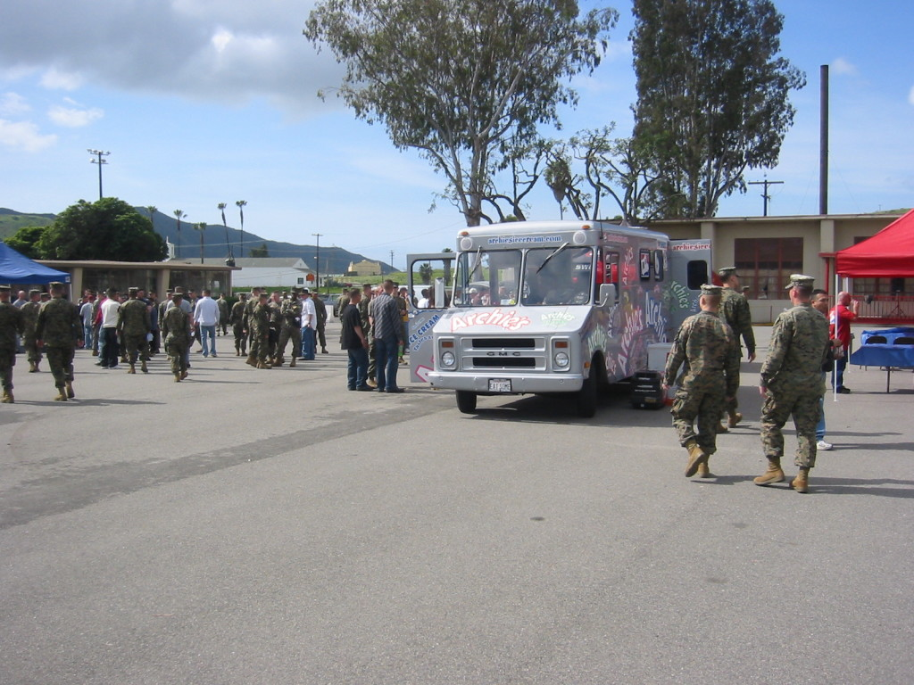 """Archie's Ice Cream ROCKS """"Welcome Home from Iraq"""" Party"""