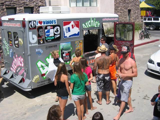 Oakley Pro Surf Contest – Newport Beach