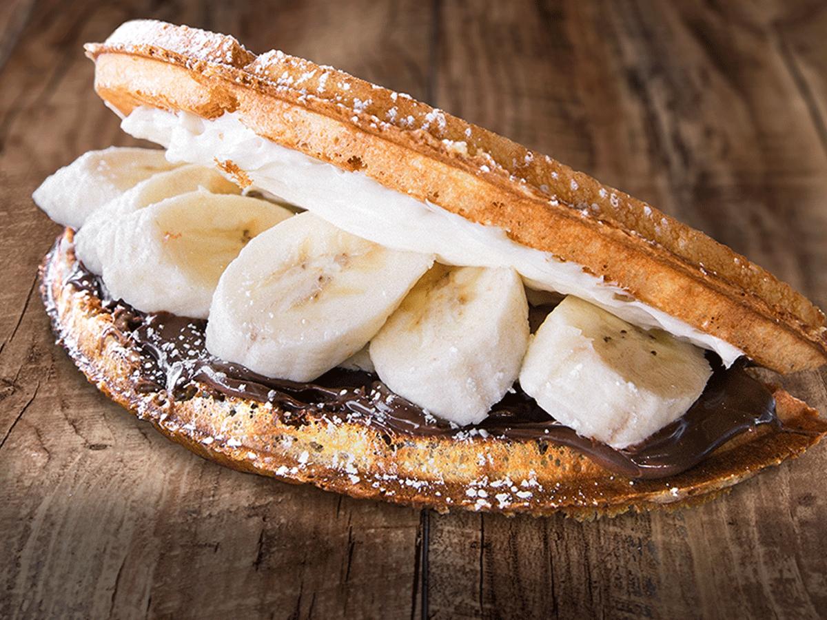 Nutella & Banana - Dessert Waffles