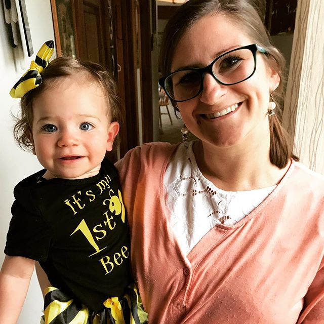 Happy 1st Bee Day 🐝 to my daughter Kenna! She made it a whole revolution around the ☀️ and we love her so much!  Kenna is the reason why I do this, why I have created this business to help other families find the rest they truly need. When she was younger, we battled some rough nights and tough days, and I cannot tell you how life changing it has been since she became a good sleeper. #sleephappybeehappy #motherhood #realmama