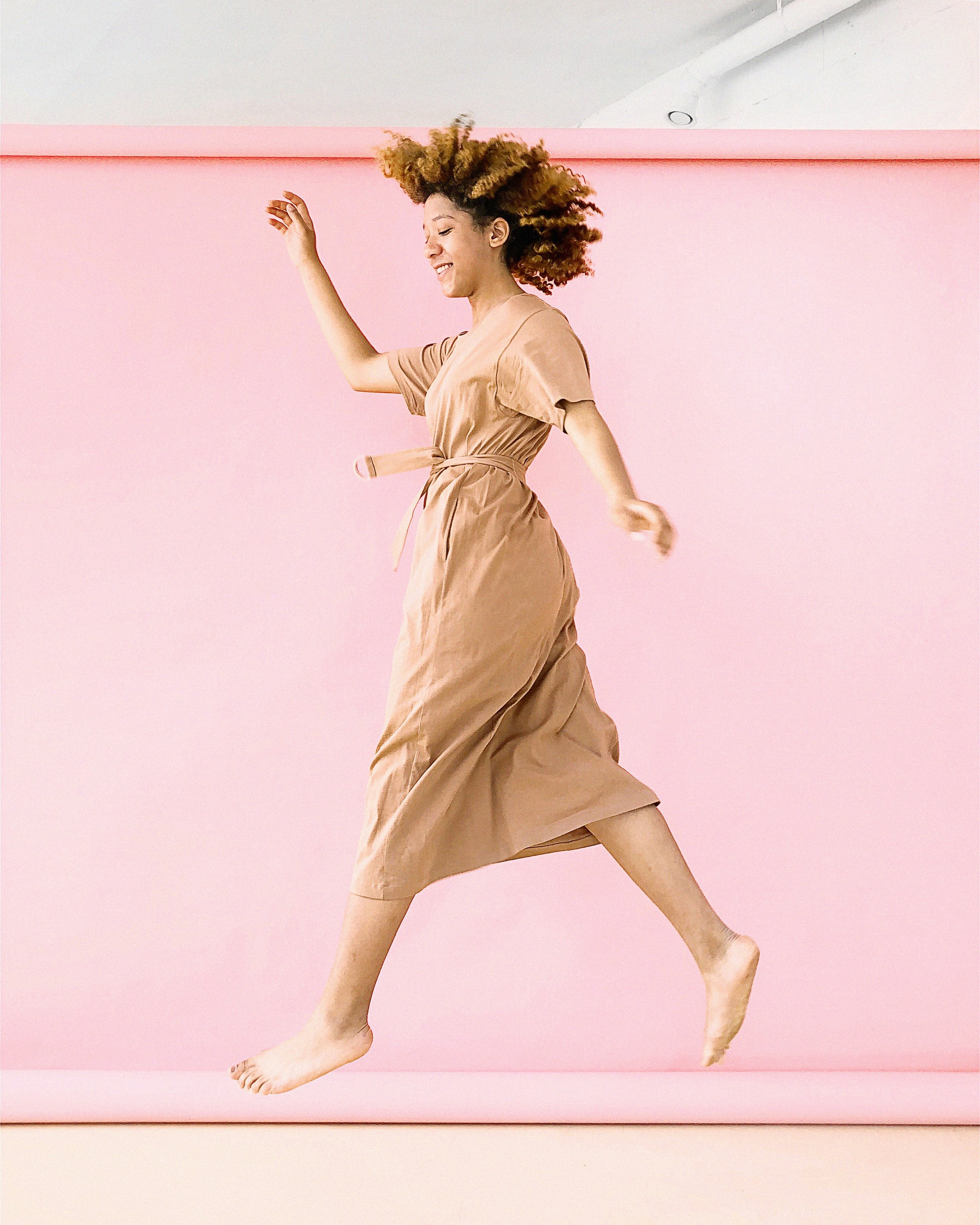 beautiful-color-dress-1179141.jpg