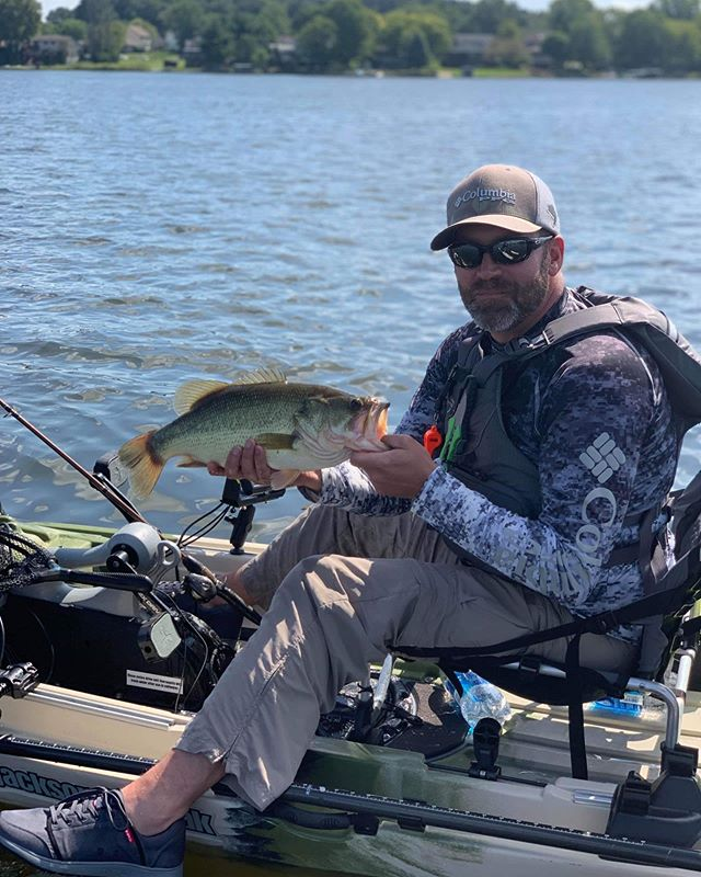 Product review host @coosajosh spent some time in Illinois with @slydogfishing this past Labor Day weekend fishing some lakes in Illinois. Came away with this beauty #kayak #kayakfishing #kayakangler #kayakangling #kayakfisherman #kayakbassfishing #KBF #largemouth #largemouthbass #largemouthbassfishing #greenback #lake #lakefishing #bassfishing #illinois #illinoisfishing #fish #fishing #angler #angling #fisherman #PaddleNFin #jacksonkayak #jacksoncoosa #jacksoncoosafd #laborday #labordayweekend