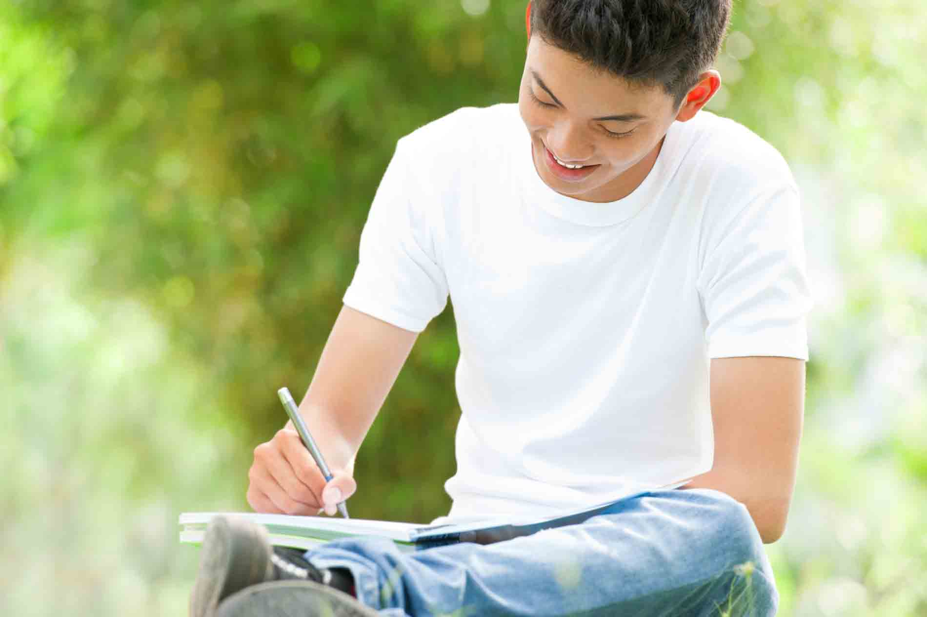 Learning Beyond Limits: College Admissions Writing Services