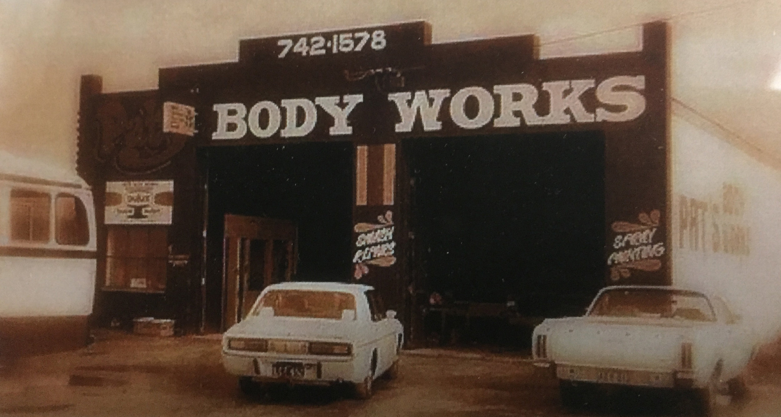 Pats Body Works Old Photo.jpg