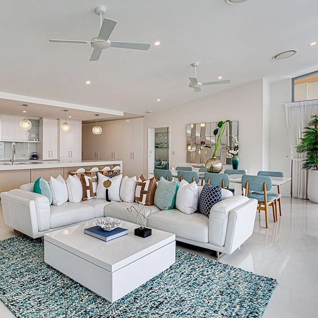 This designer Billinga Penthouse on Golden Four Dr is up on the market now with @lorenachiappararealestate. Stylish, modern and complete with that coveted scent of sea salt and sun ☀️ 🌊 (after all, you are just a stones throw away from the beach!)