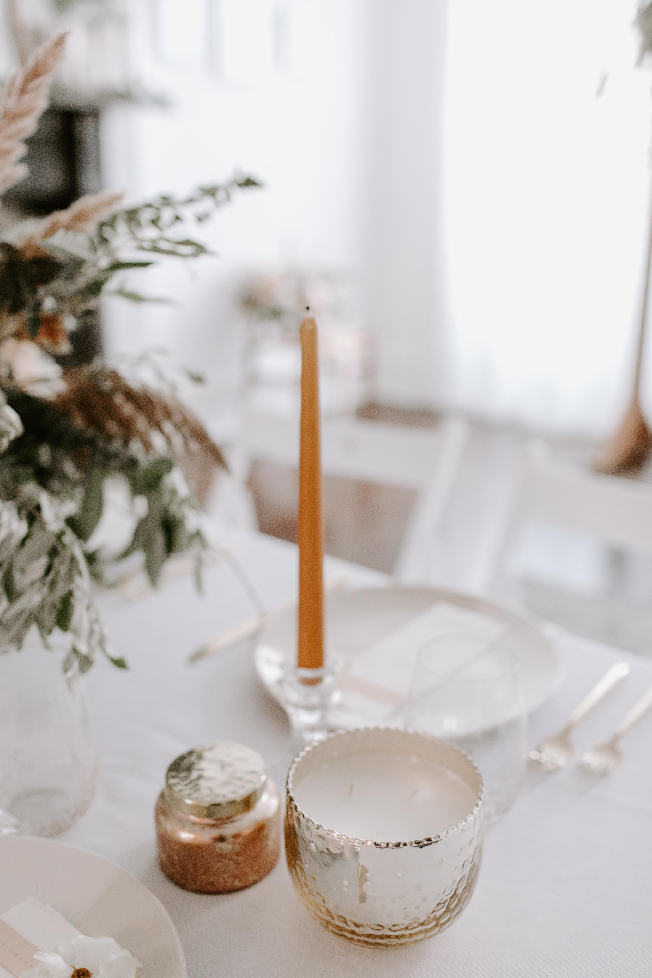Romantic minimalism at an intimate luxury wedding in Philadelphia. Photo by Jieru Photography. Custom Stationery by Caitlin O'Bryant Design