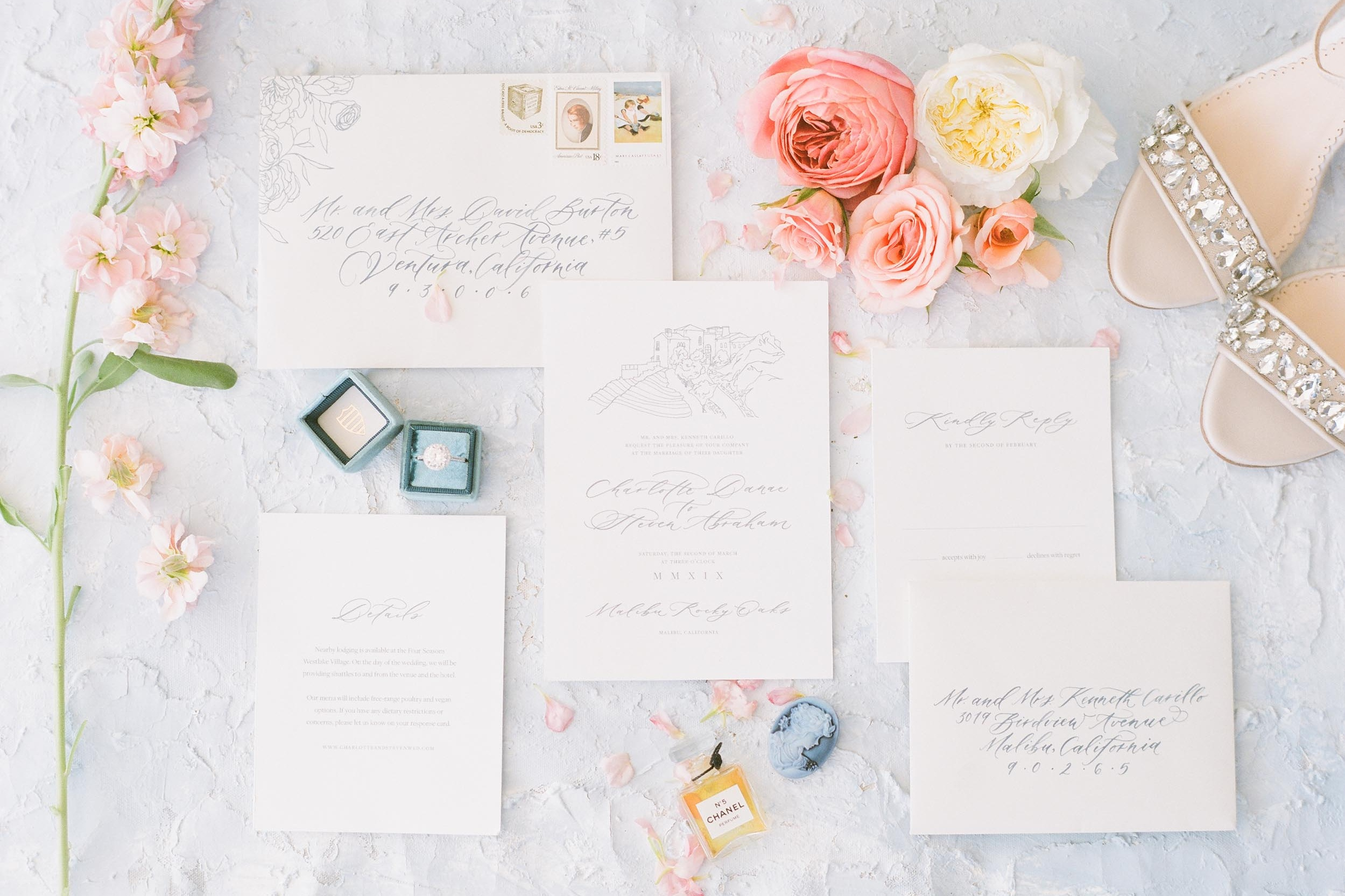 Bespoke wedding invitations by Caitlin O'Bryant Design. Elegant and delicate custom stationery with organic and romantic touches. Photo by Julie Paisley. Host: Styled Shoots Across America