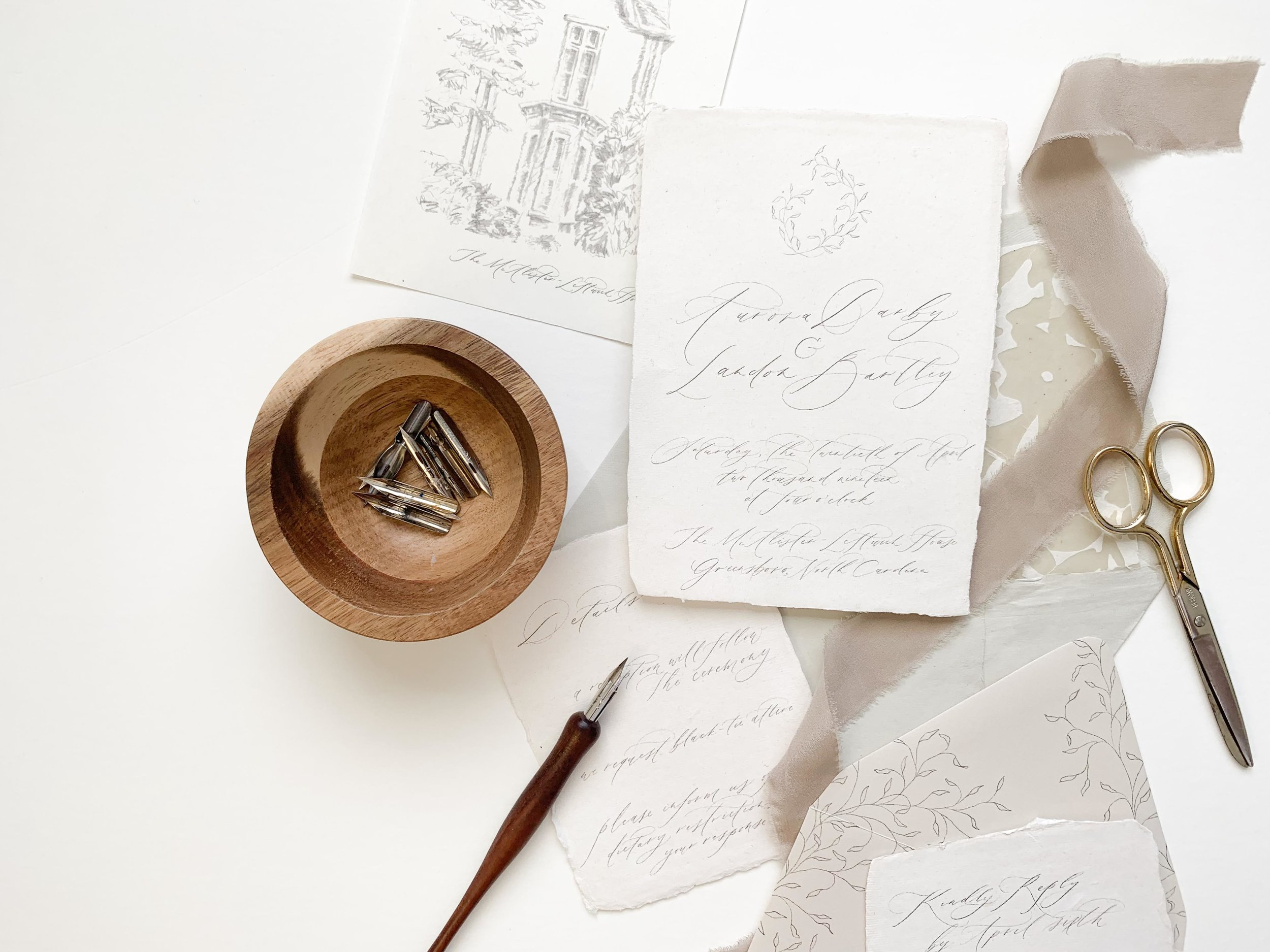 How to photograph and edit wedding invitations. Flat lay tips and tricks for wedding photographers, planners, and stationers.