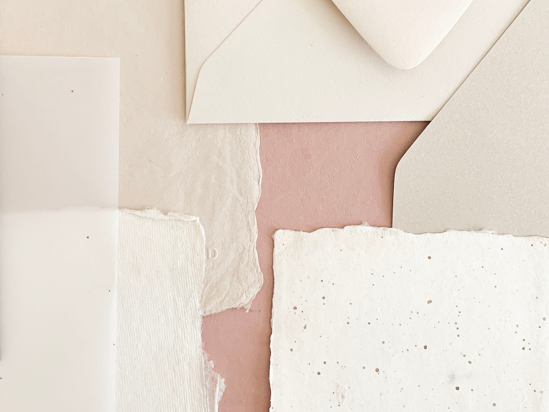 Why choose custom wedding invitations.