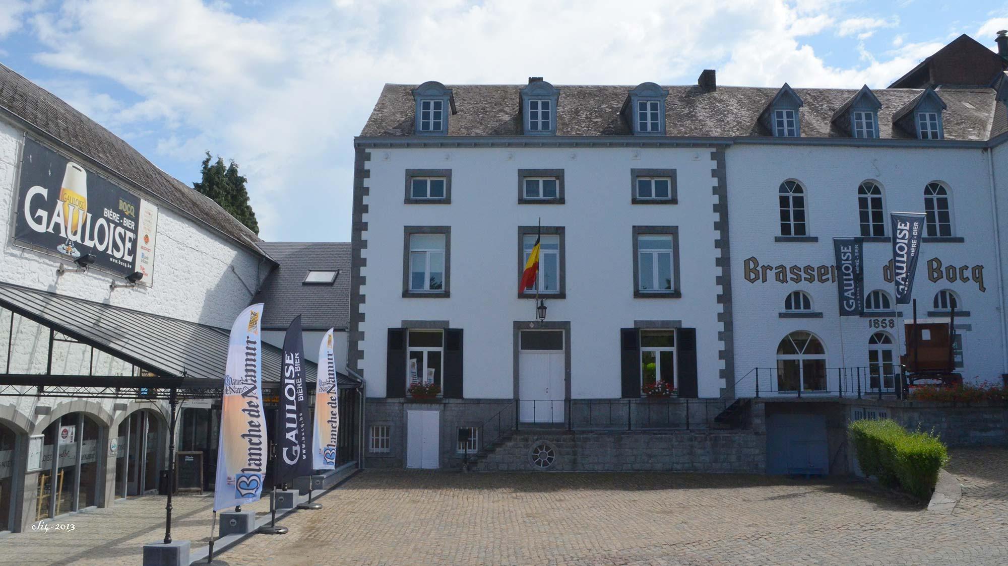 Brasserie Du Bocq courtyard