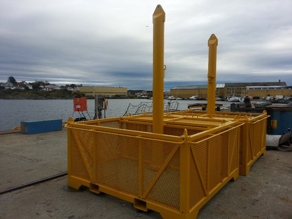 Subsea center pole basket.jpg