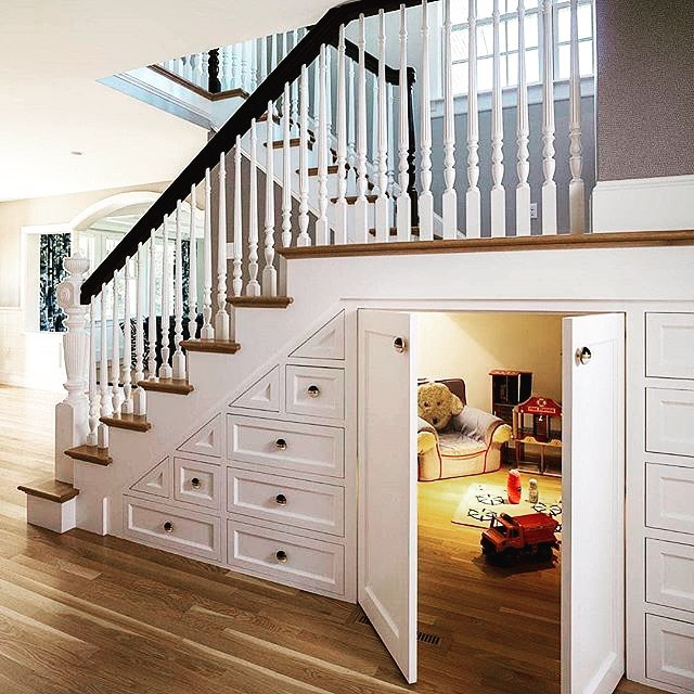 📷@paulinaoldenbrookdesign Brilliant! What an awesome use of an otherwise wasted space. Fantastic work 🙌👌😊 #storage #storagespace #staircase #understairstorage #secretroom #goldcoastdesigner #instagood #instadaily #photooftheday #like4like #interiordesign #interiorspace #homedecor #interiorinspiration #dreamhome #designerkitchen #myspace #interiordesign #picoftheday #modernhome #dreamhome #interiorlovers #thomasbernardconcepts