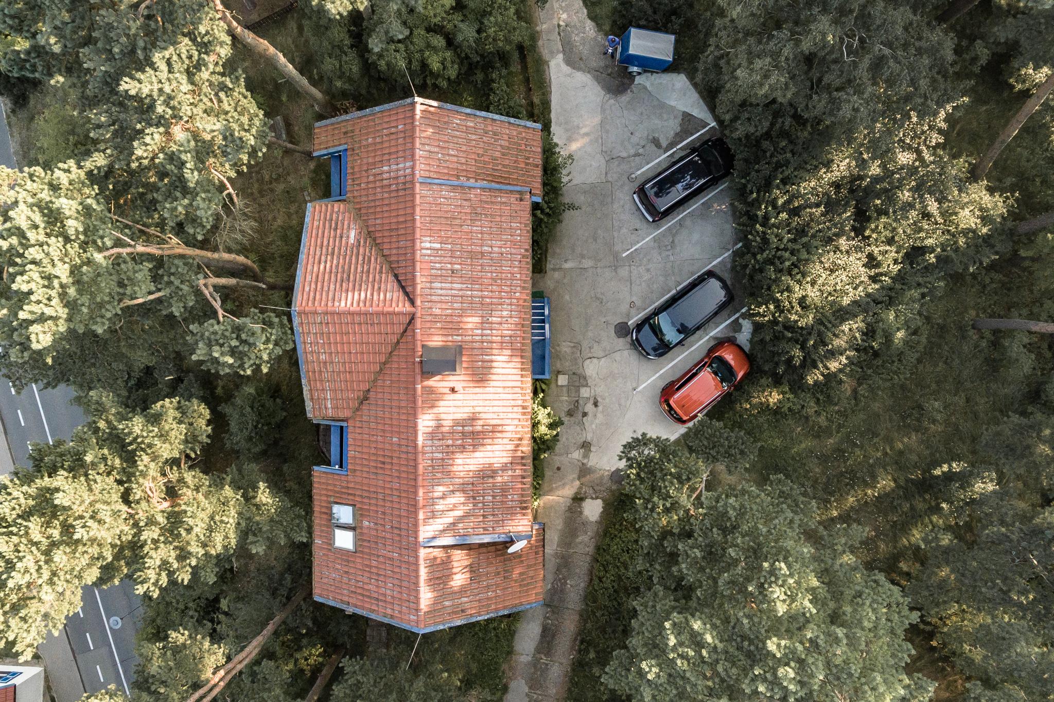 Ausra Drone Outside (5 of 5).JPG