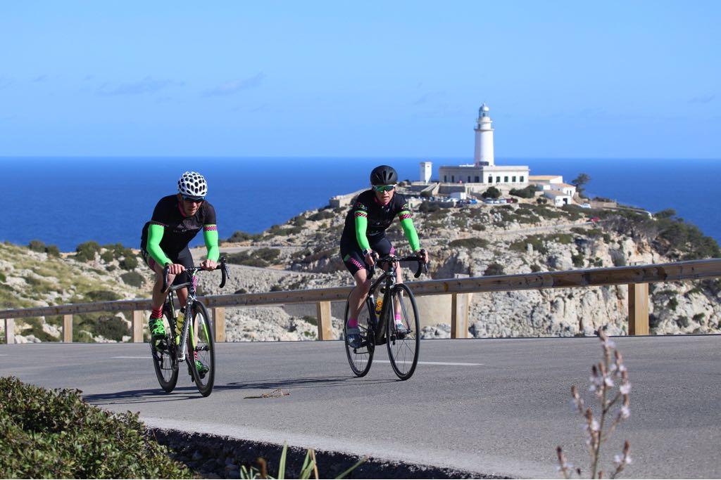 Simon  and  Rhian Roxburgh  enjoy the Formentor. Photo by  Mike Astle