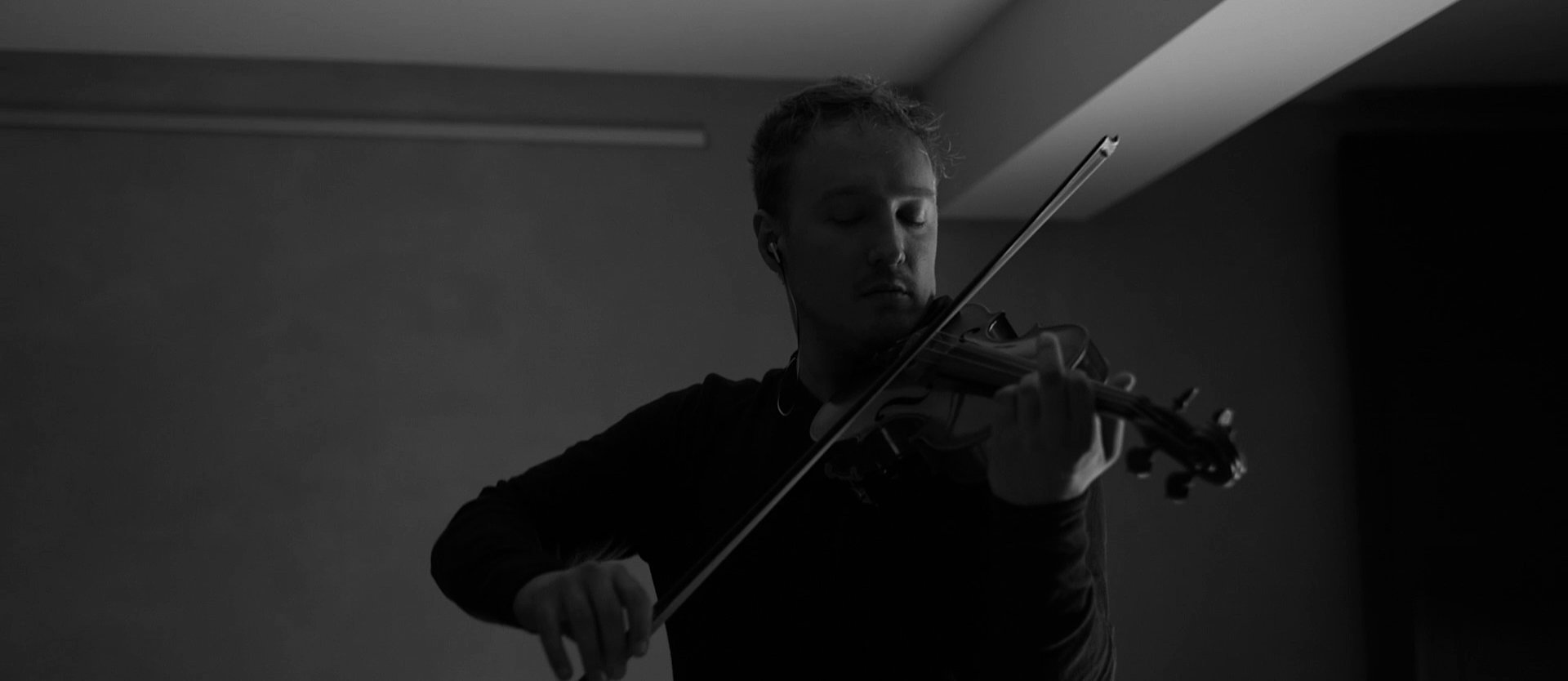Daniel Pioro - Dust (live)
