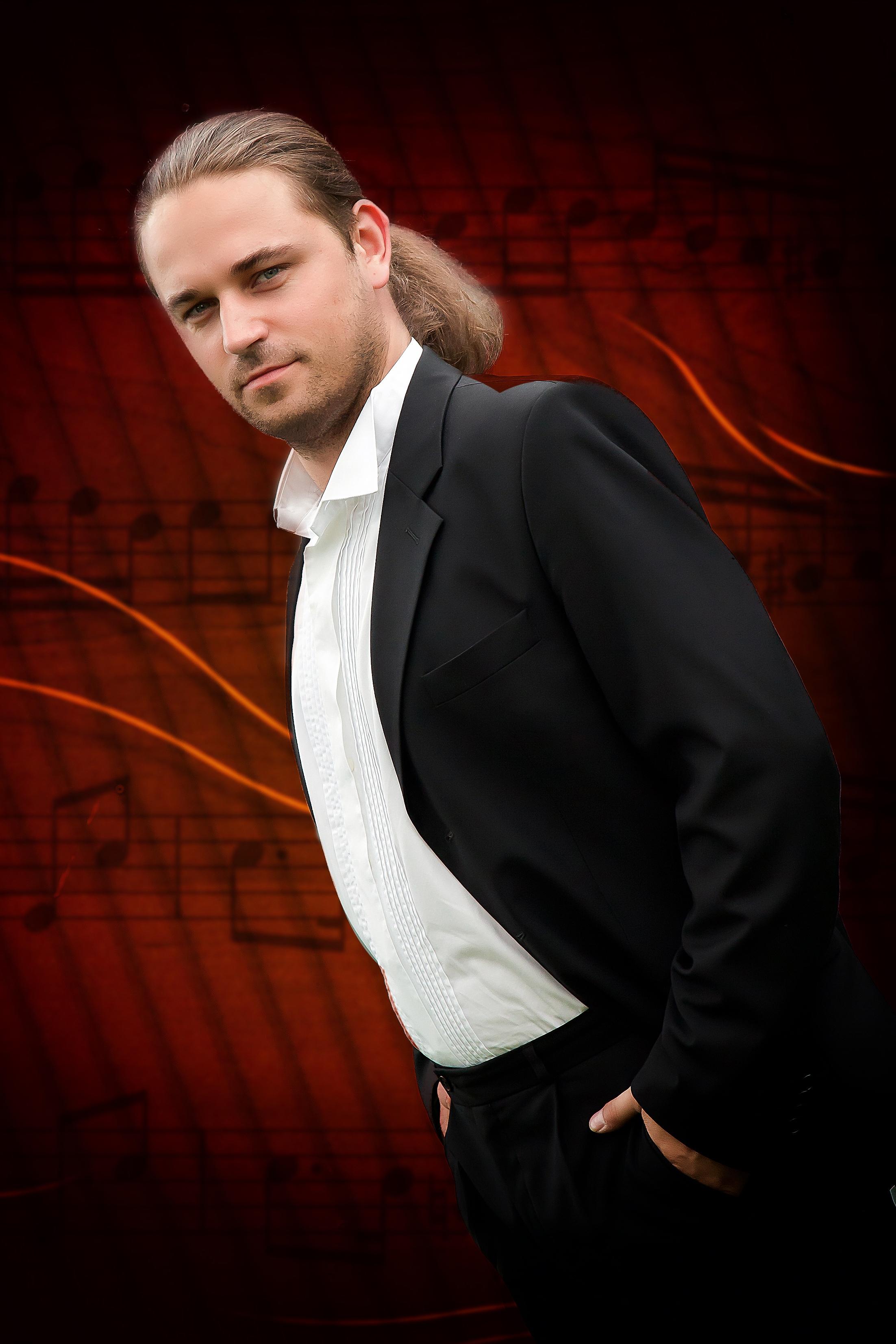Sebastian Marszałowicz - Bass