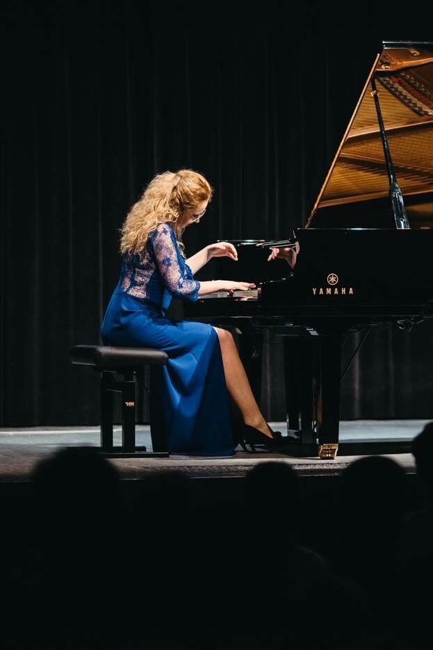 Marta Żak - Pianist