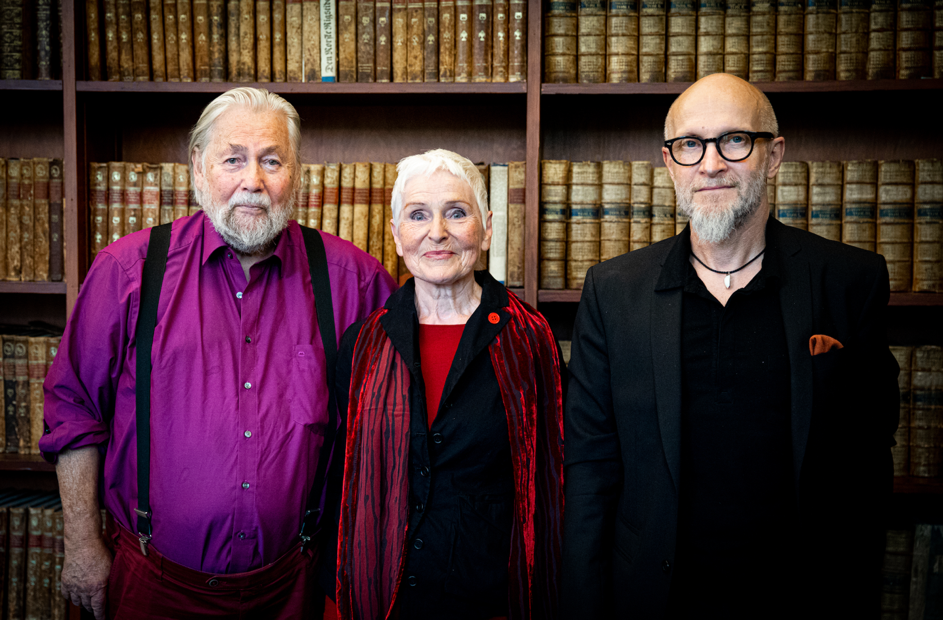 Fra venstre: Tor Åge Bringsværd, Herbjørg Wassmo og Lars Saabye Christensen. Foto: Hilde Crone Leinebø.