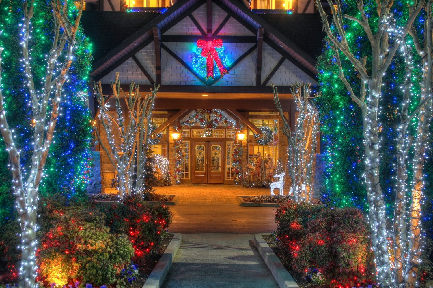 Inn At Christmas Place.The Inn At Christmas Place Smoky Mountain Coupon Book