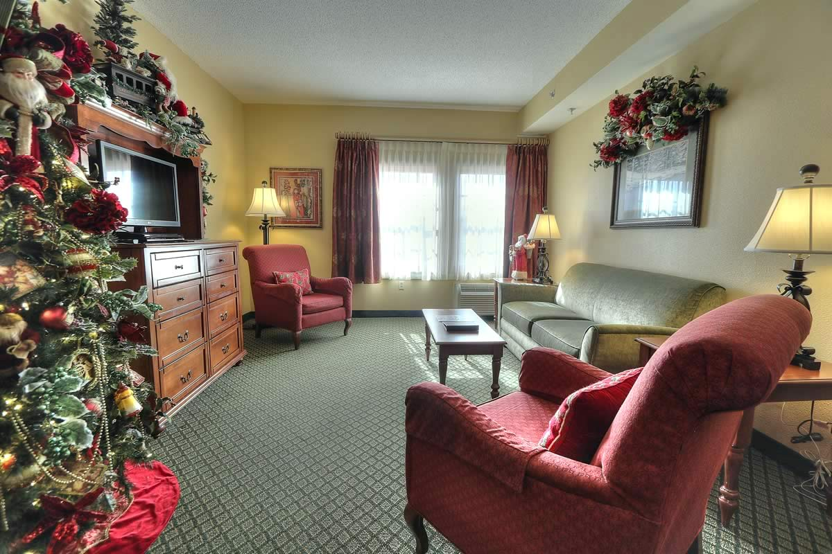 The Christmas Place.The Inn At Christmas Place Smoky Mountain Coupon Book
