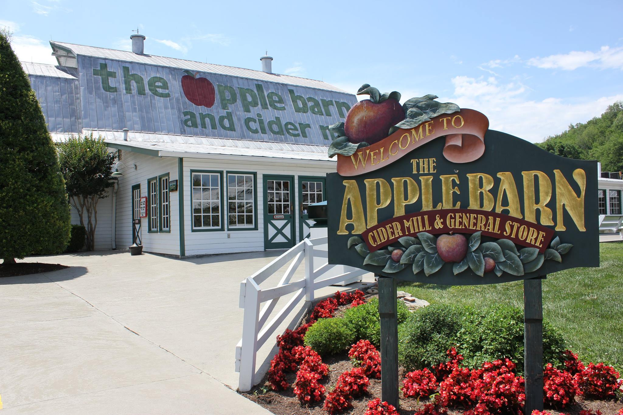 Apple Barn 5.jpg