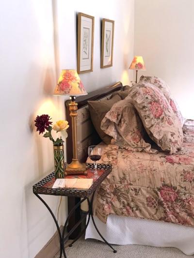 Room 3 bed nightable wider.JPG