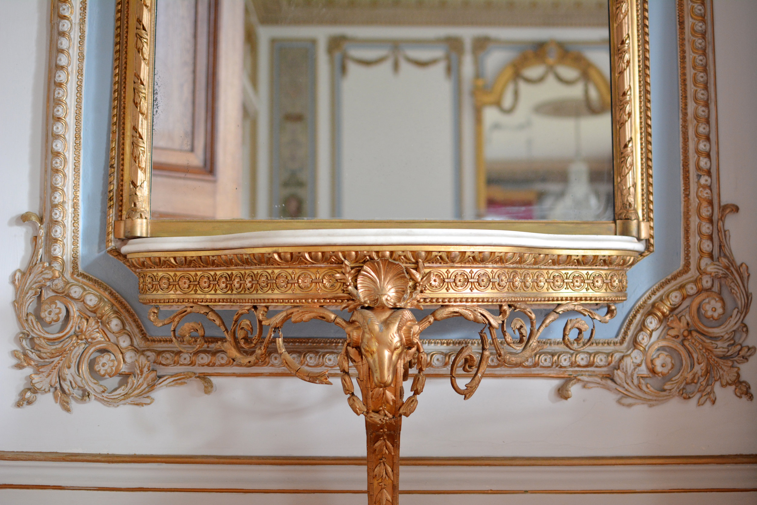 Beautiful decoration in the Drawing Room