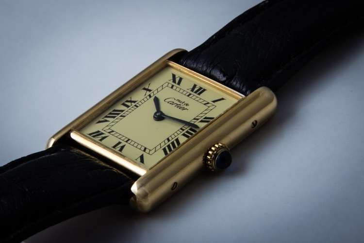 A vintage Must de Cartier Tank. A cheaper alternative for those looking for a Tank.