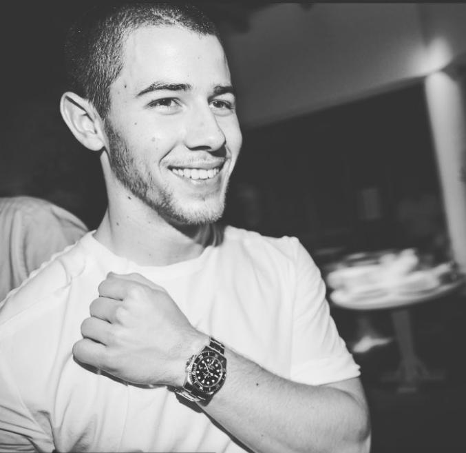 Nick Jonas wearing a Submariner in 2016 | @nickjonas Instagram