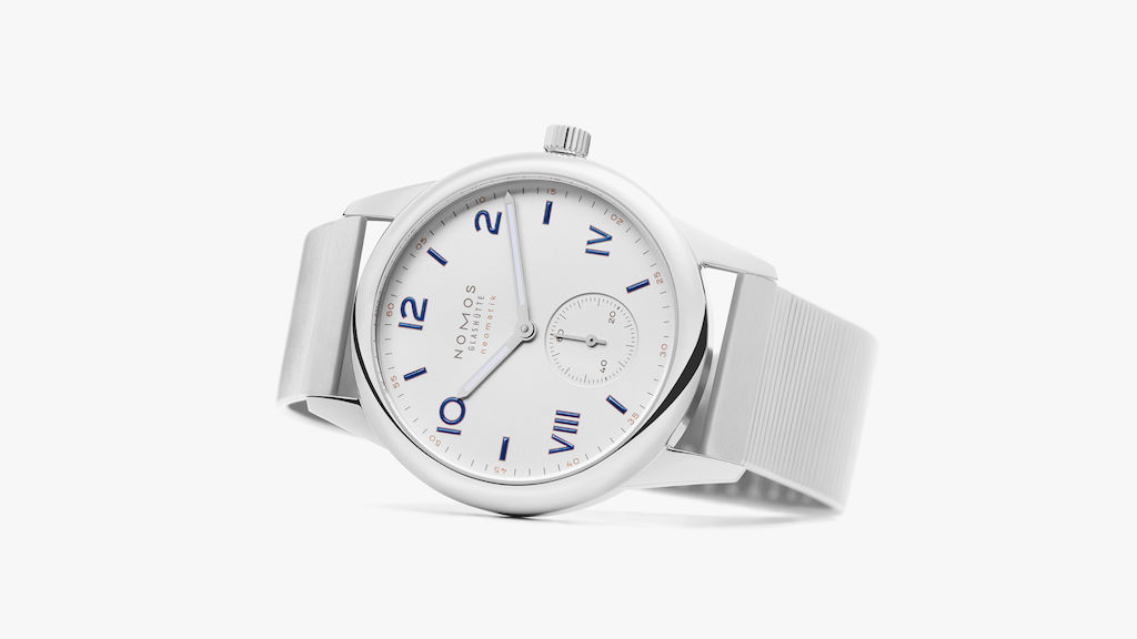 Nomos Club Neomatik with bracelet