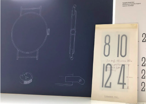 Design sketches of the classic NOMOS Tangente case (left) and typography of the Ahoi (right) | NOMOS Watch Club