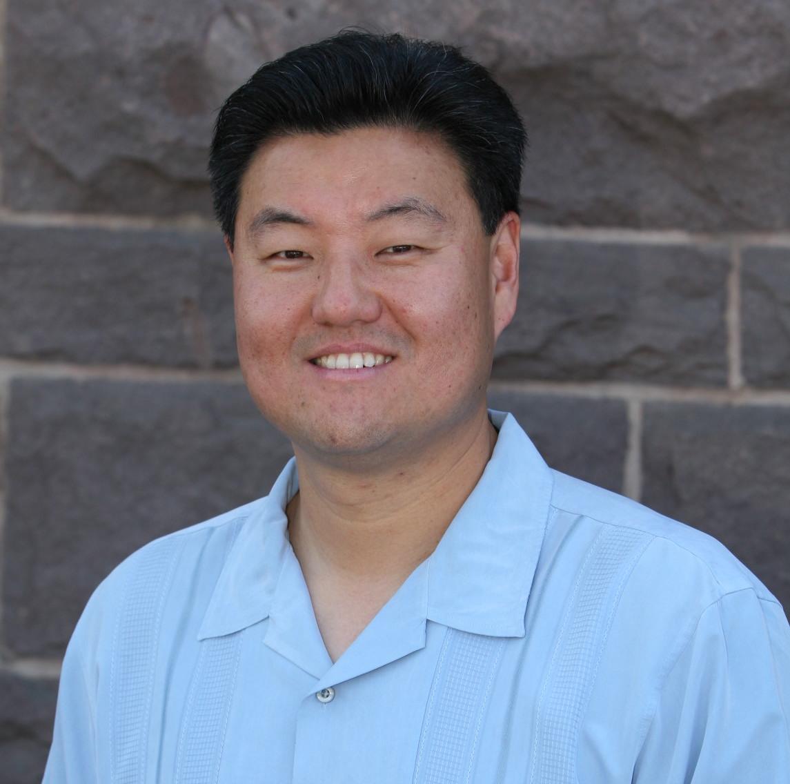 Sam Park.headshot.JPG