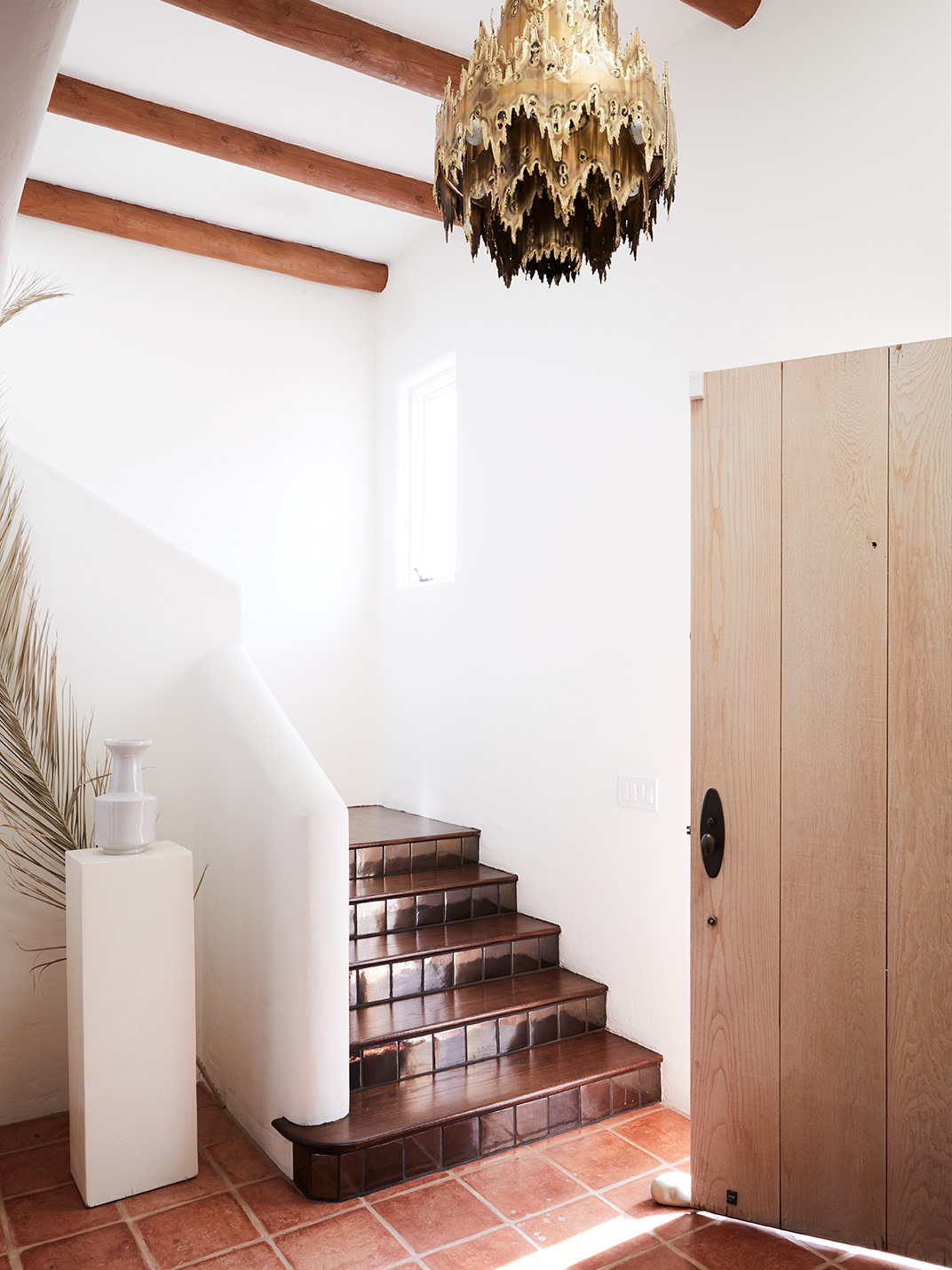 CorinneMathernStudio_entryway_Adobe_House_Mission_Canyon