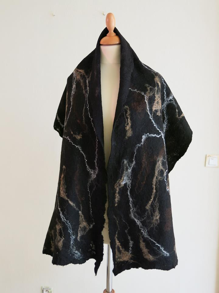 black and brownwhite scarf.jpg