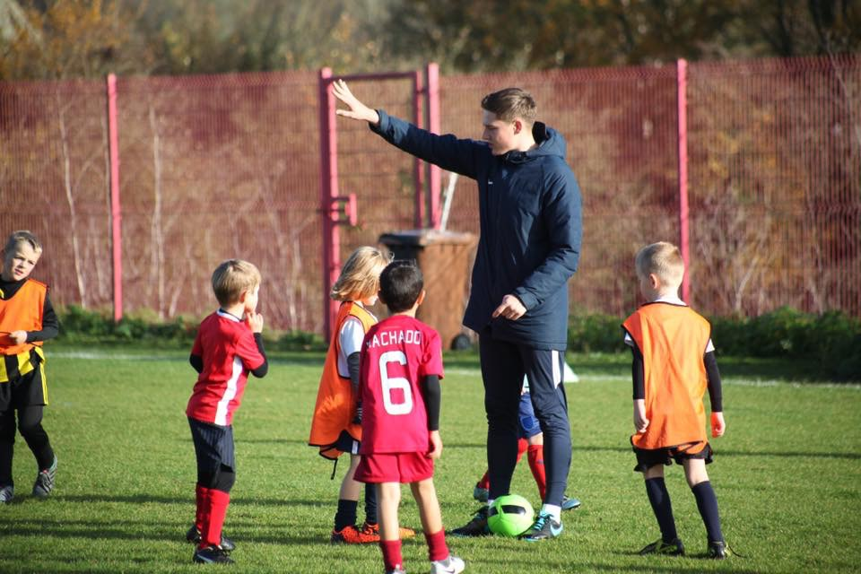 KINGS LANGLEY FC - VENUE - KINGS LANGLEY FC, WD4 8BS. TIME - 9AM TILL 10AM AGES - RECEPTION AND YEAR 1 FIRST SESSION IS FREE