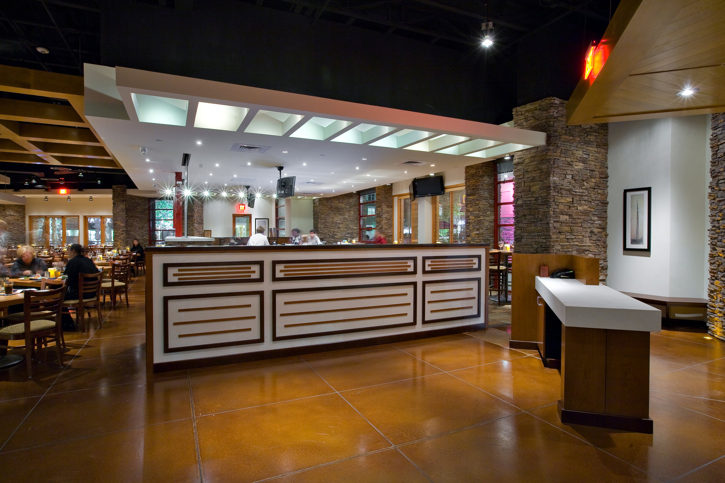 woodlands-bar side.jpg