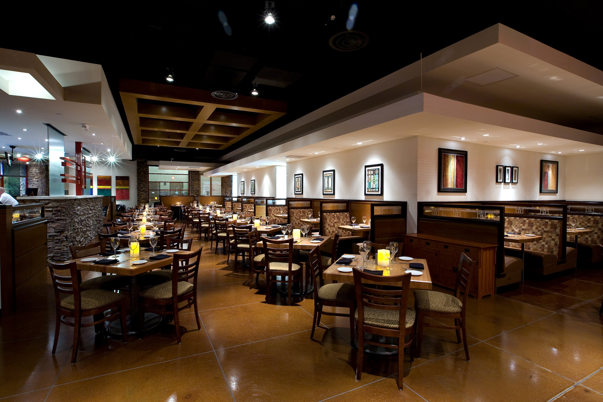 woodlands-main dining.jpg