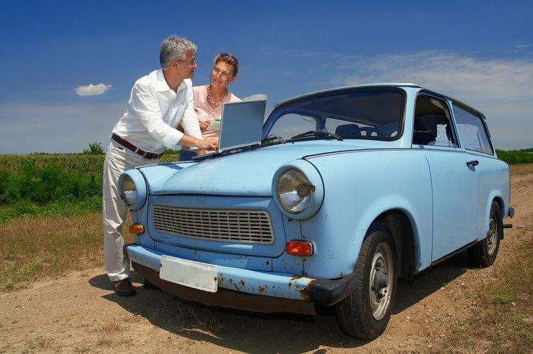 Couple+with+Car (2).jpg