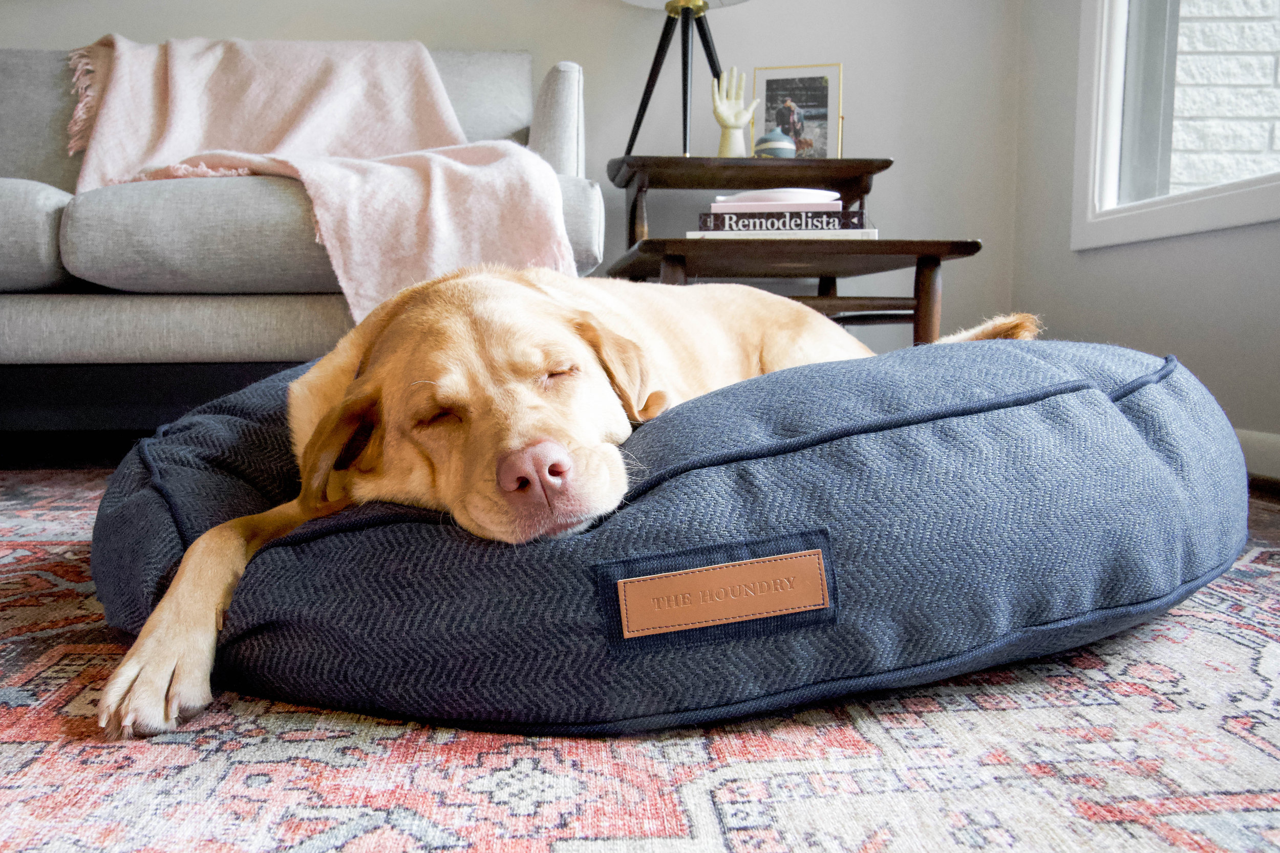 Round Beds - Have a dog who's a freestyle sleeper? On their back one minute, belly the next, curled into a donut a minute later? Our Round Bed is the one for them! The classic round shape looks great in rooms where you don't want your pet's bed pushed into a corner.  Let it float in the middle of room so your fur baby is always part of the action. Each bed has a contrasting piping around the two edges, giving it a tailored look. Plush and responsive, the Round Bed refuses to clump or flatten and will be your pet's favorite spot to snooze day in and day out.