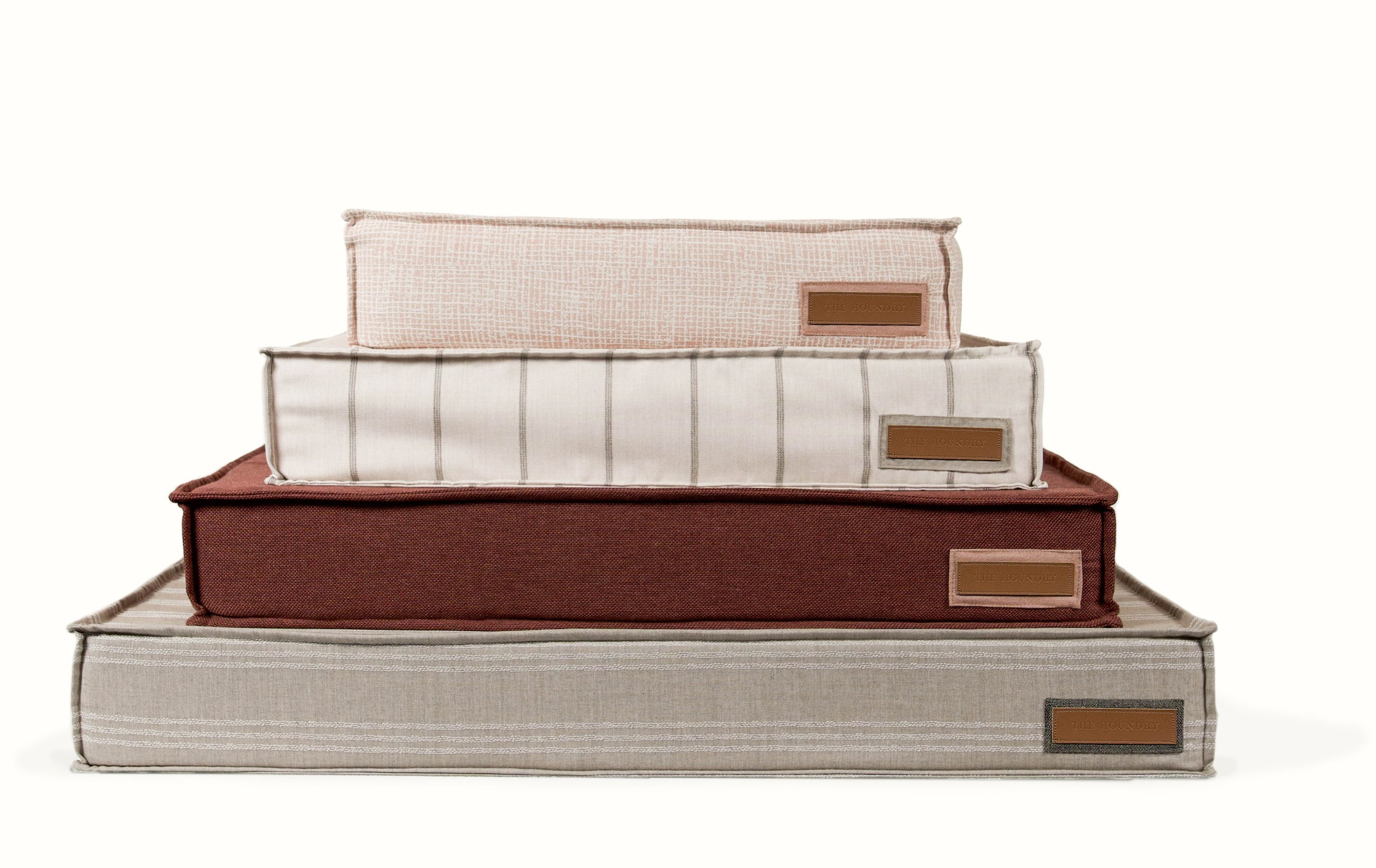 """Lounger Bed Sizes - SMALL BED: 22"""" x 22"""" x 6"""" thickFor dogs smaller than 30 lbsMEDIUM BED: 28"""" x 28"""" x 6"""" thickFor dogs 30-60 lbsLARGE BED: 42"""" x 31"""" x 6"""" thickFor dogs 60-90 lbsX-LARGE BED: 48"""" x 36"""" x 6"""" thickFor dogs larger than 90 lbs"""