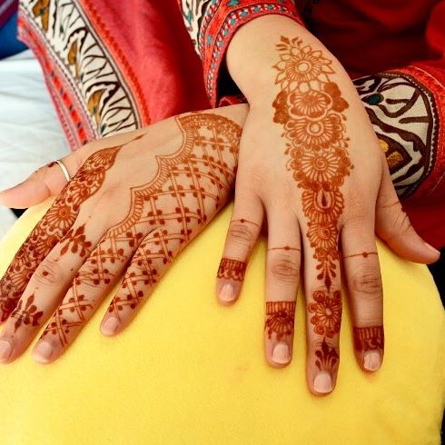 Decorate yourself with traditional and contemporary designs from  Elegance Of Henna .