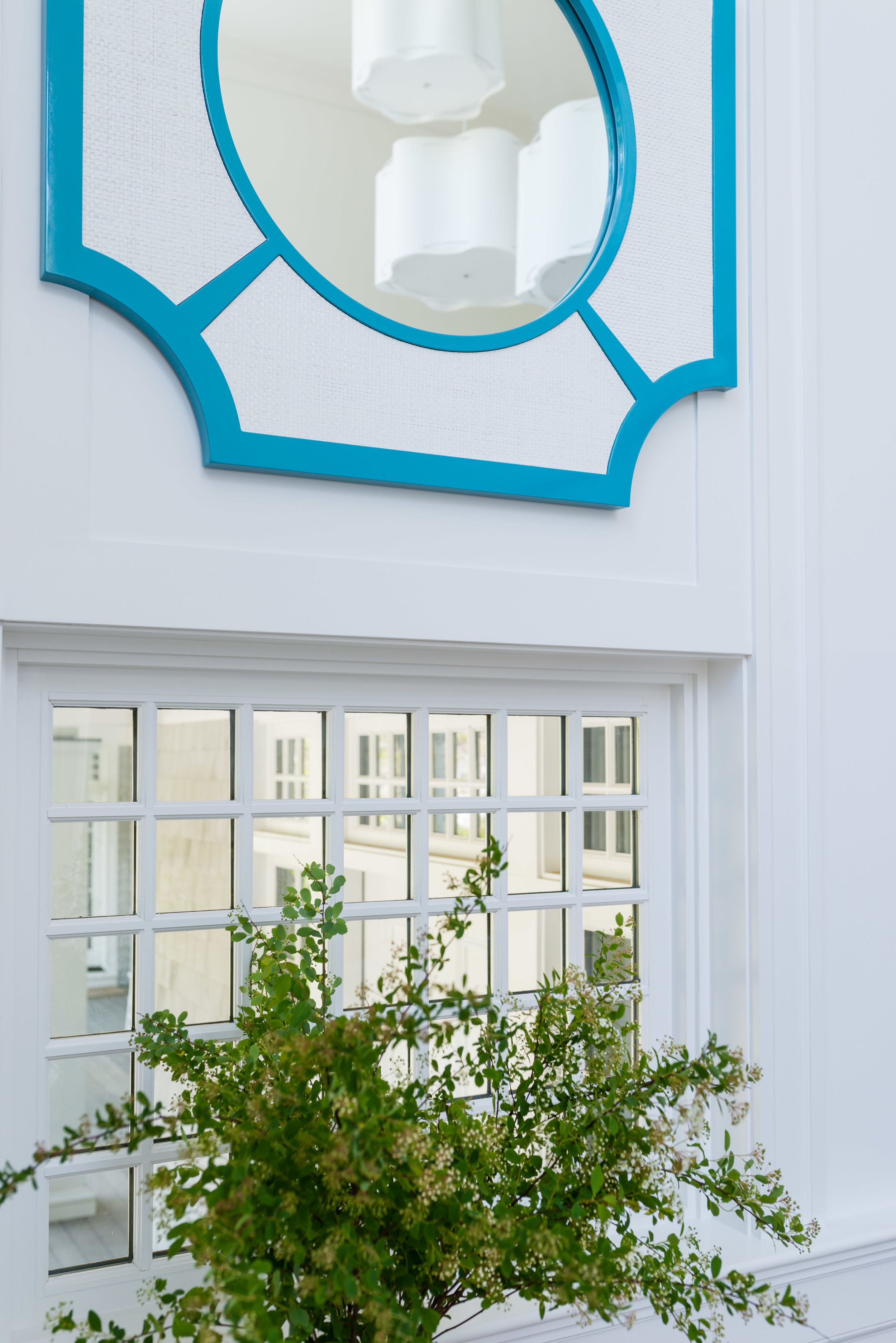 Lyford mirror in custom color, white-washed raffia by  Oomph . Design:  Justine Sterling Design  // Photo:  Jessica Delaney