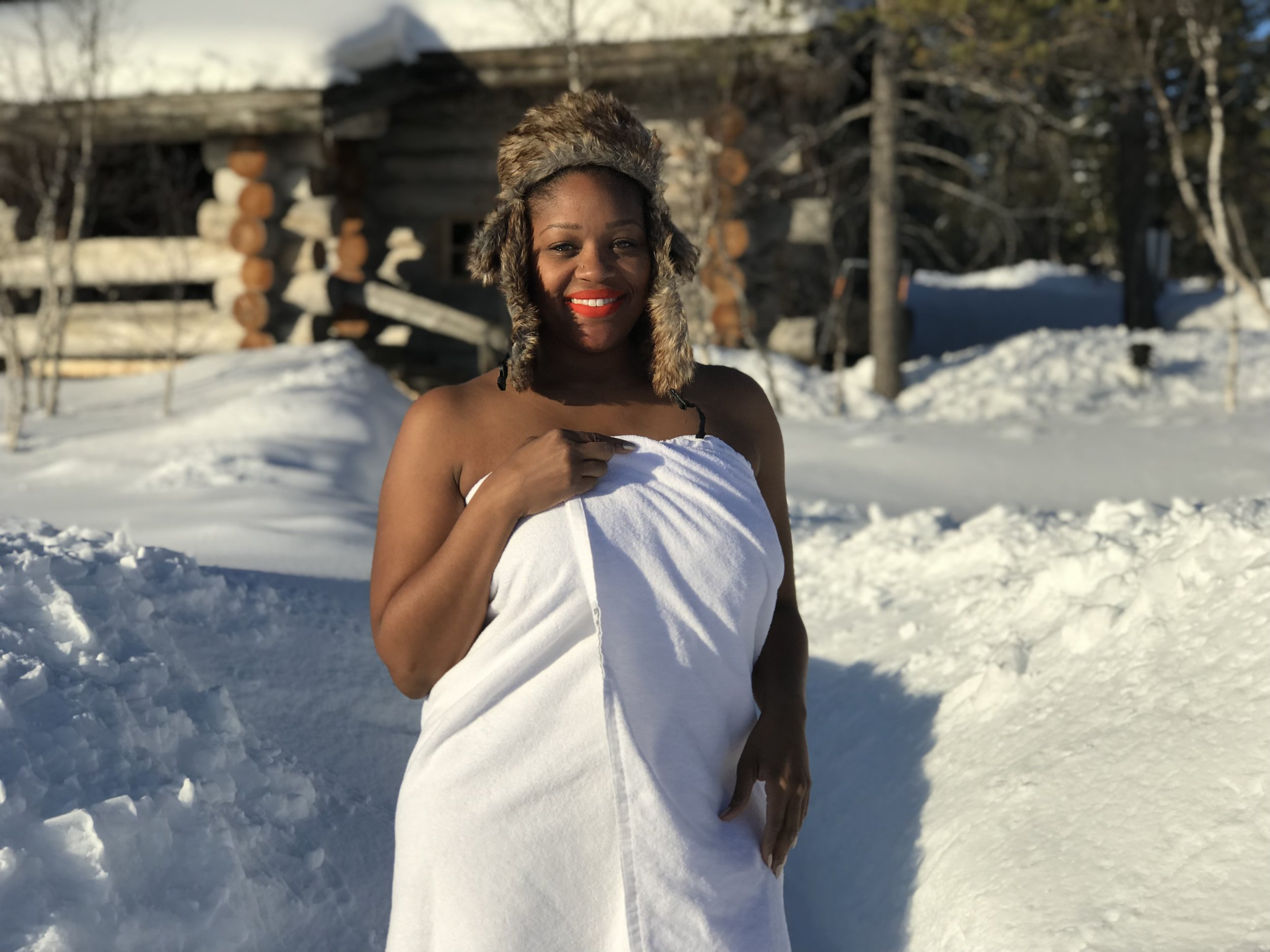 What to Do In The Arctic Circle of Finland - kakslaurrenanen Arctic Resort - Smoke Sauna and Ice Pool - RachelTravels.com