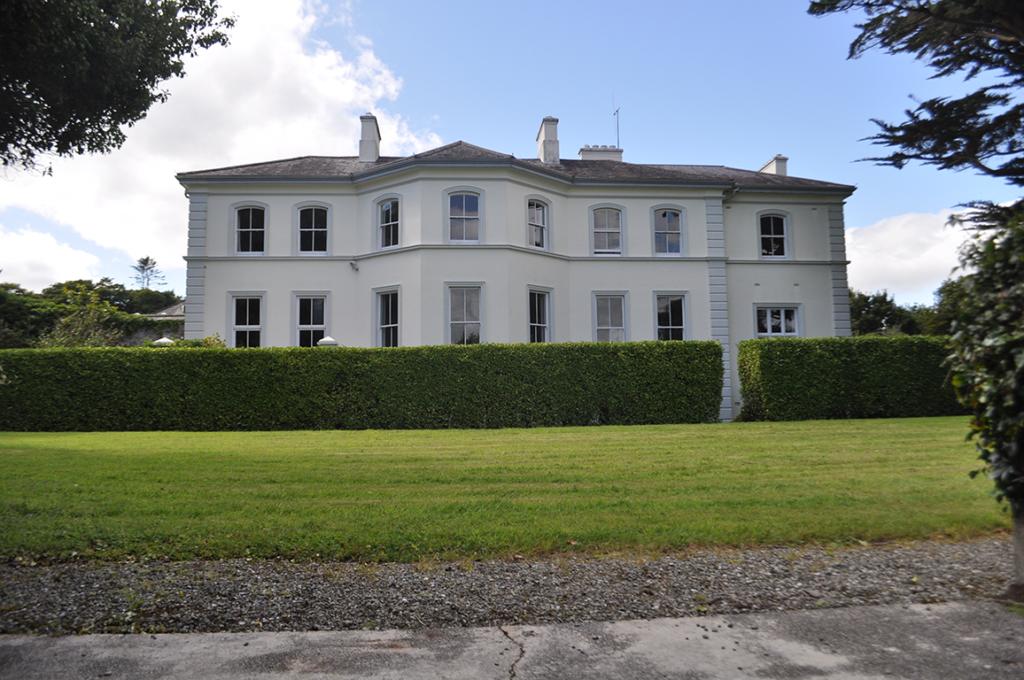 Ian-Lissard-House-1-1024x680.png