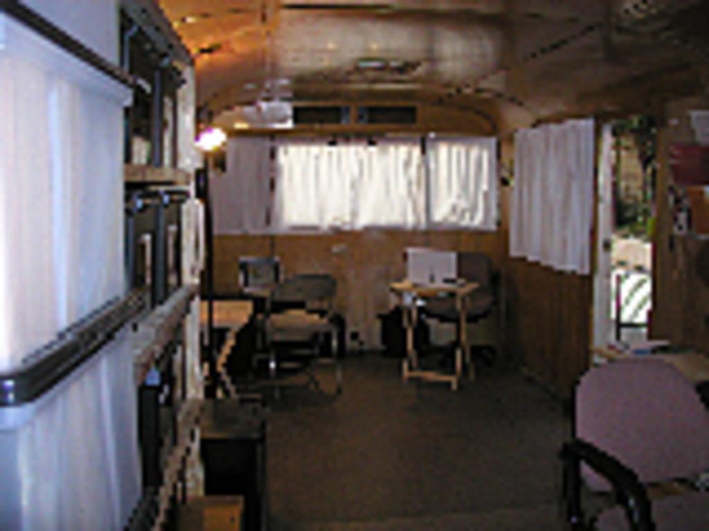 trailer pics 2206_8498133525_l.jpg