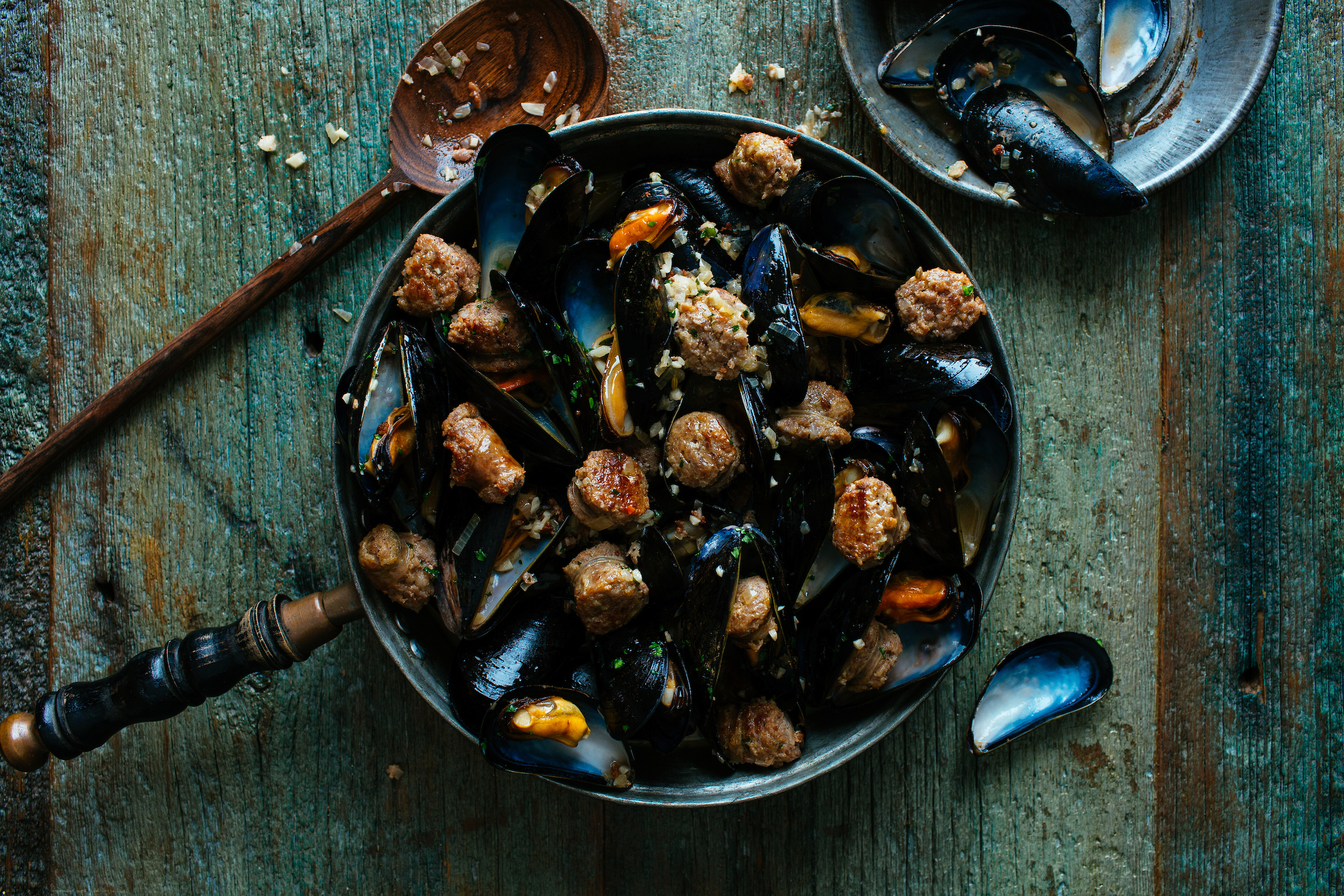 Mussels with Hot Italian -9153.jpg